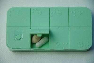 Pratende medicijnendoos