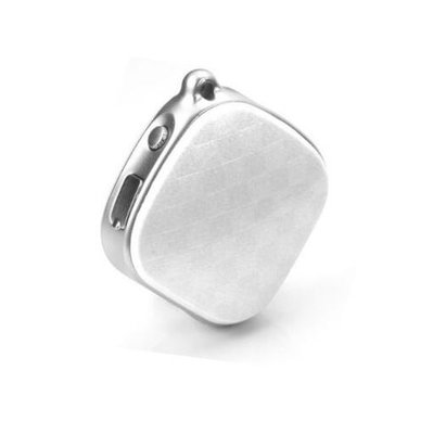 Buiten vrij en veilig op pad | Wuzzi Alert 'Sieraad Pearl' - mobiel gps alarm voor binnen en buiten.