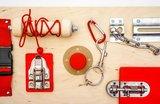Activiteitenplank - rood metaal