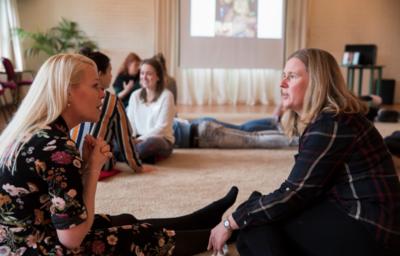 AlzheimerFluisteren | Workshop train-de-trainer en expositie | Adelheid Roosen