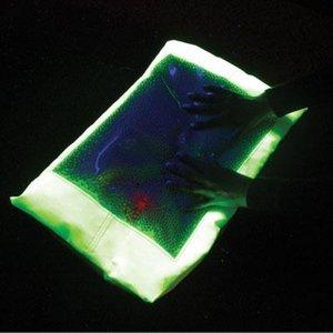 Verzwaard sensorisch kussen - Fluogeel met UV voorwerpen