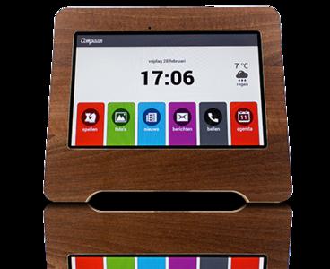 Compaan. Tablet voor sociaal contact en mantelzorg of afstand.