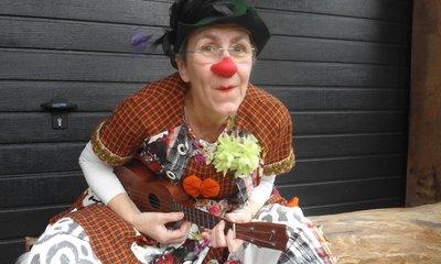 miMakker Zus - clownerie en muziek